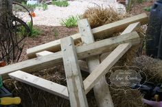 DIY Clothesline... list of materials included with great step by step photos!