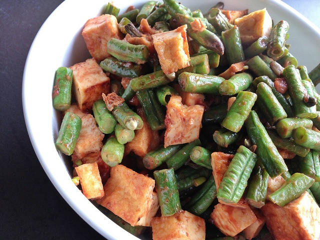 Red fermented bean curd stir fried with snake bean, tofu.