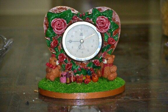 Lamasa clay clock
