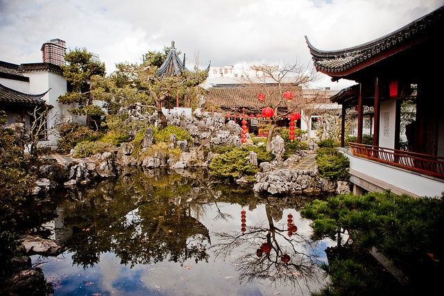 One of the best kept secrets of Vancouver's Chinatown is the Dr. Sun Yat-Sen Gardens. Hidden behind tall walls this elaborate sancutuary is walking-tour of paradise.     Chinatown - Vancouver, BC by Tourism Vancouver, via Flickr
