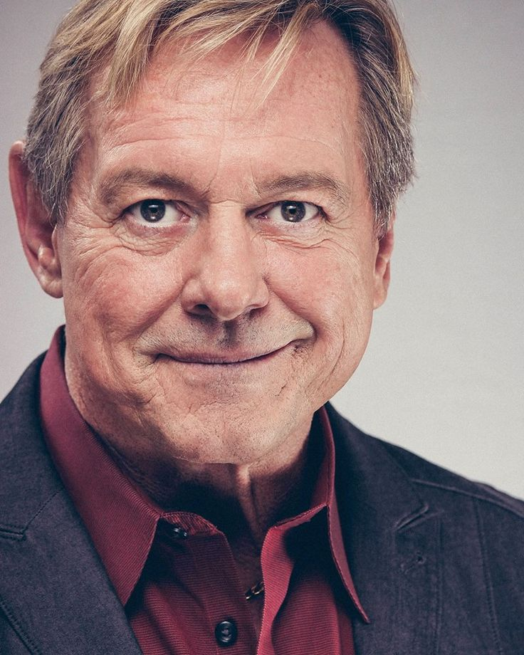 Rowdy Roddy Piper – Professional Wrestler, Actor. Cremated, Ashes scattered. Spe…
