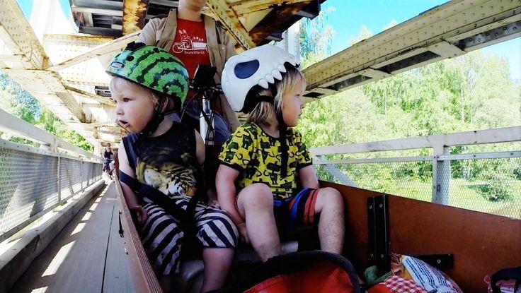 Vinkkejä lasten kanssa pyöräilyn aloittamiseen