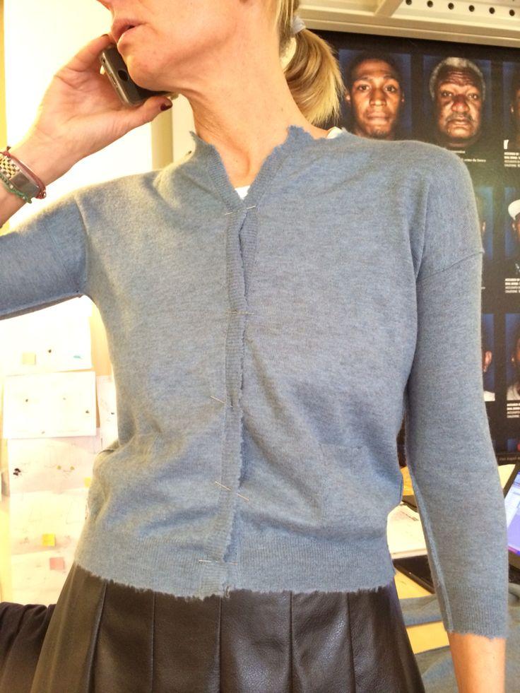 ARCHIVIOB Benedetta bbarontini@archiviob.com trying light cashmere cardigan