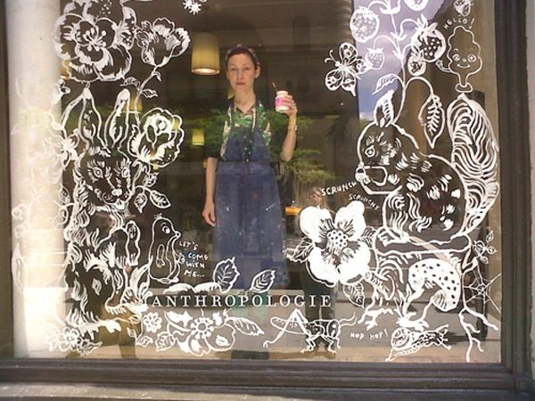 Nathalie Lété and her shop window painting