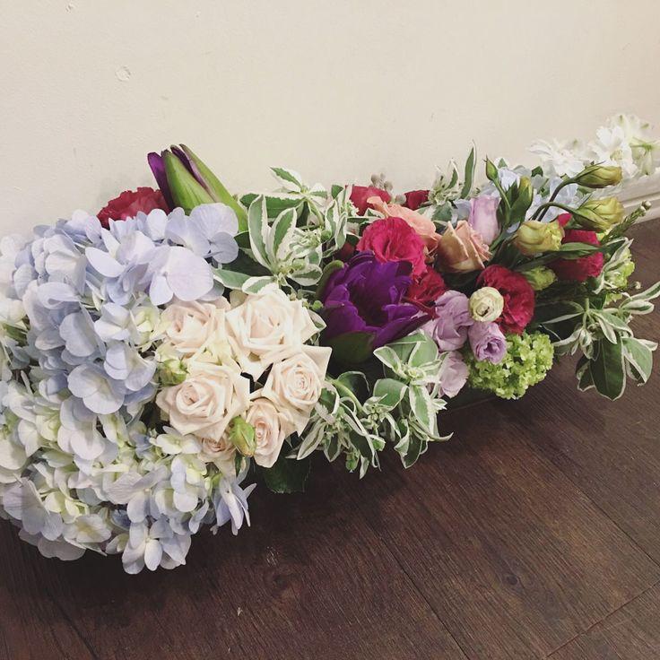 cuz you are the centre of my attraction!   @marcheauxfleur   #florist #singapore #igsg #sgig #floralarrangement #floraljam #thomsonroad #marcheauxfleur #fleursg #bouqslove #singaporeflorists #wildflowers #sgbouquets #bridessg #weddingsg #roses #flowershopsg #flowerarrangements #hydrangeas  Centrepieces from $120 onwards, ideal for weddings, events & housevisits!:)  Whatsapp: +6598340200 www.marcheauxfleur.com www.marcheauxfleur.com/app marcheauxfleur@gmail.com