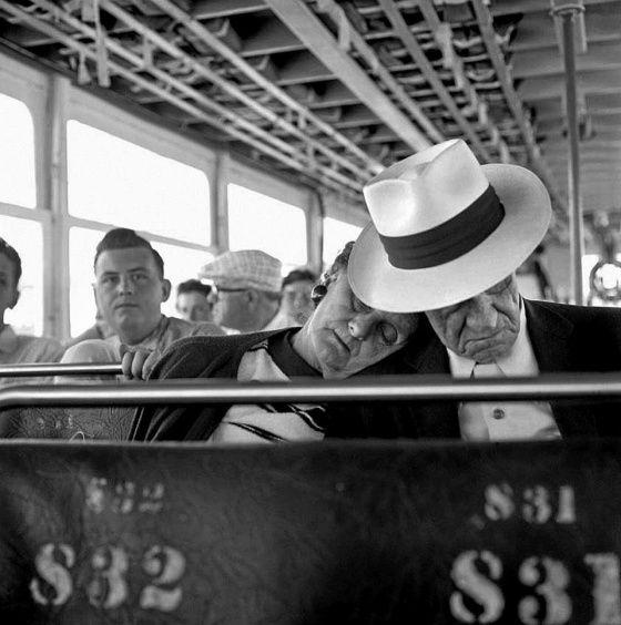 Vivian Maier, tuntematon kuvaajalahjakkuus joka kuvasi pakkomielteisesti koskaan itse vedostamatta ottamiaan kuvia.