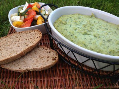 Healthy Spinach Party Dip by Muneera Obaidli