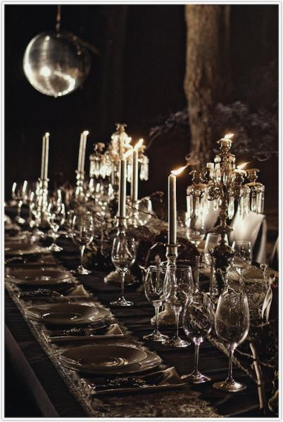 FROM FANTASY TO FÊTE: MASQUERADE DINNERDecor, Discos Ball, Ideas, Halloween Parties, Halloween Dinner, Tables Sets, Tables Design, Candles, Dinner Parties