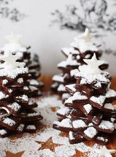 Himmlisch gut! Schoko-Zimt-Tannenbäume als weihnactliches Mitbringsel: http://kochen.gofeminin.de/rezepte/rezept_zimt-schokoladenbaume_313377.aspx