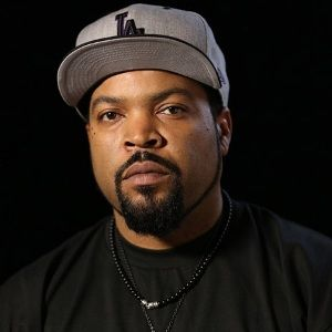 Ice Cube (American, Rapper) was born on 15-06-1969. Get more info like birth place, age, birth sign, biography, family, relation & latest news etc.
