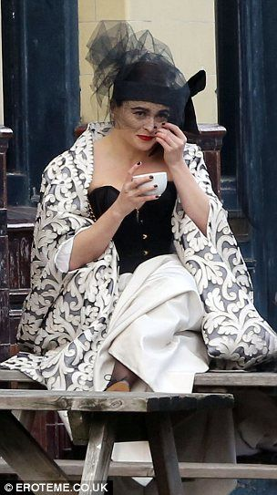 Helena Bonham Carter took #tea breaks on a wintry day during a photo shoot in 2013 at a pub near her home. #celebrities