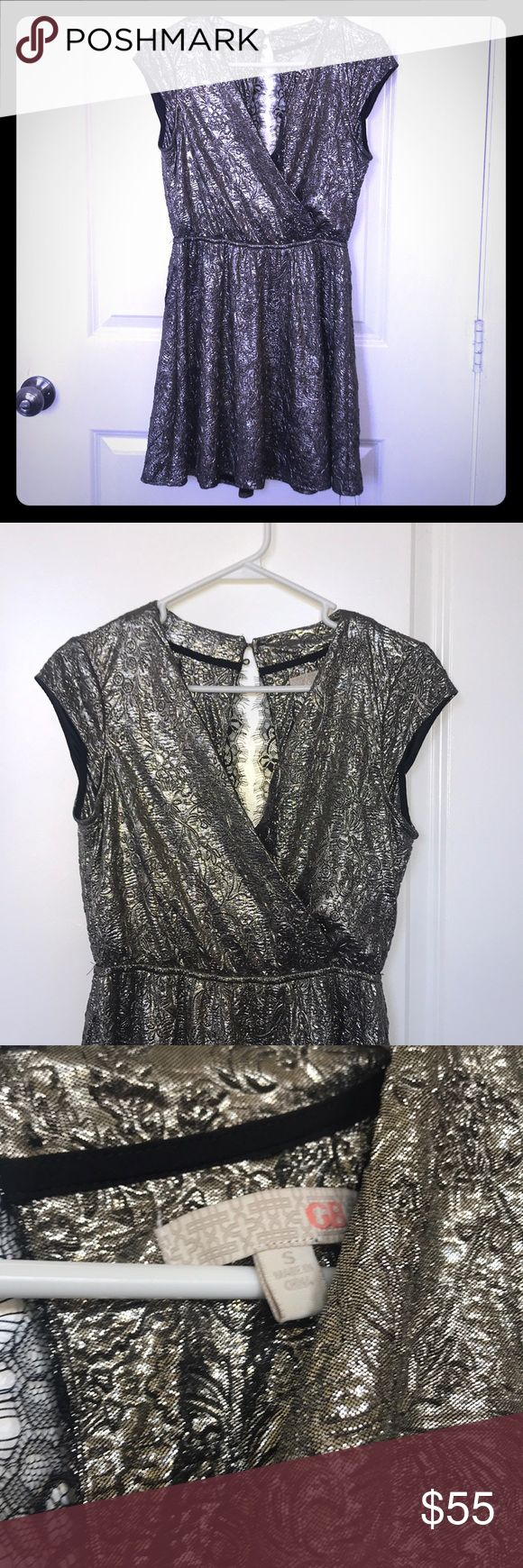 Gianni Bini Silver Metallic Dress! I wore this once for a Christmas party! Mint condition! Gianni Bini Dresses