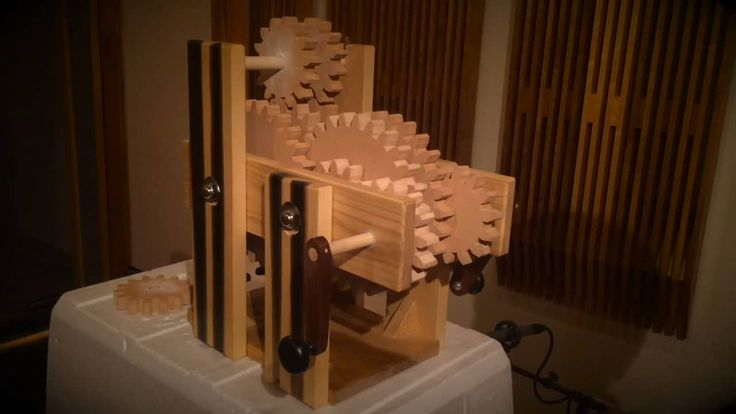 Gear Train Sound Effect Device on Vimeo