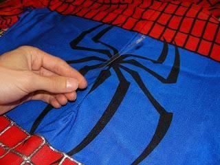 DIY Halloween Costume : DIY Spiderman replica costume  DIY Halloween
