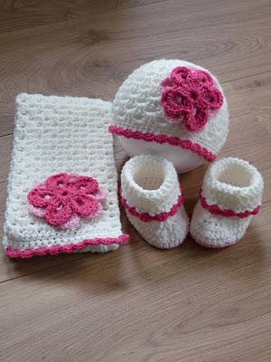 Google Crochet Pattern Central : 17 mejores imagenes sobre GORROS Y PONCHOS en Pinterest ...
