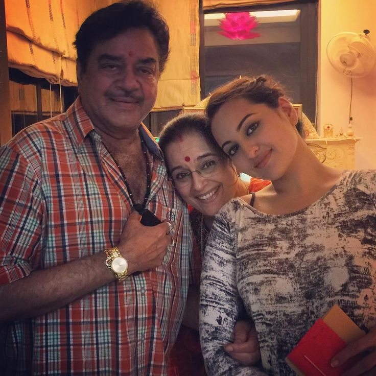 Sonakshi Sinha with her parents Shatrughan Sinha and Poonam Sinha. #Bollywood #Instagram #Fashion #Style #Beauty