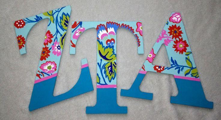 Love the flower sorority letters