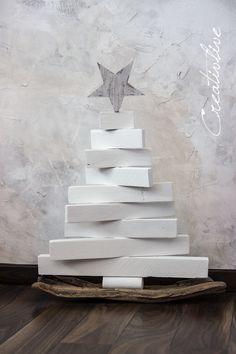 DIY: Moderner Weihnachtsbaum aus Holz