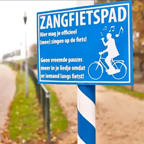 It's okay to sing on your bike. #netherlands #biking