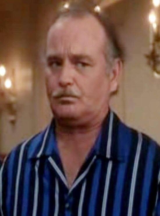 Brian Doyle-Murray as Frank Shirley