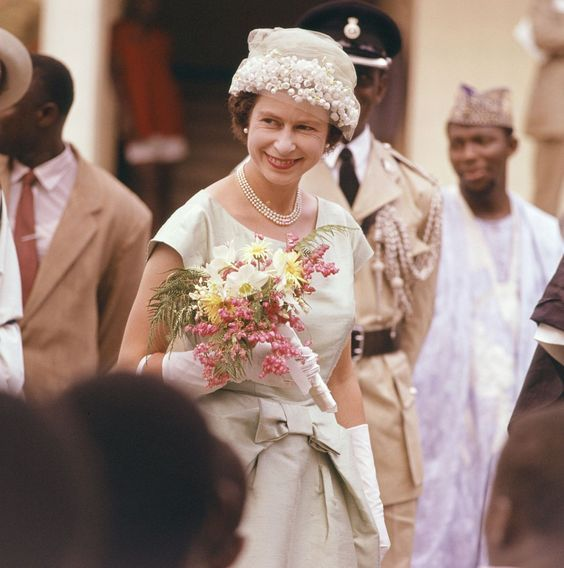 The Queen on Tour Commonwealth Countries 1961 - Sierra Leone