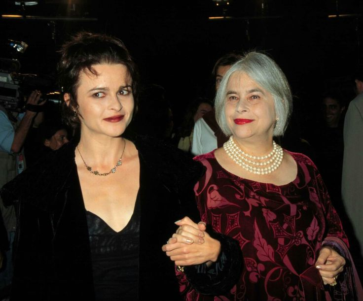 HBC and her mother at the AFI Los Angeles Film Festival Premiere of 'Life is Beautiful', 1998