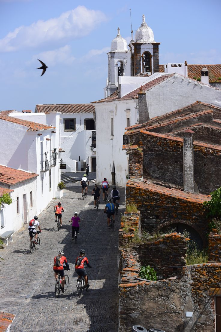 Discover charming little villages and plenty of cultural and historical sites while cycling in one of Portugal's most beautiful areas.