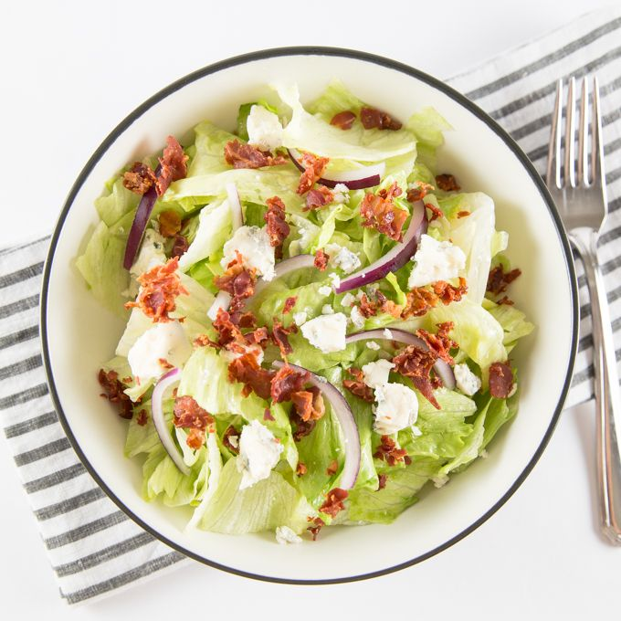 ... crispy prosciutto and gorgonzola cheese topped with a light flavorful