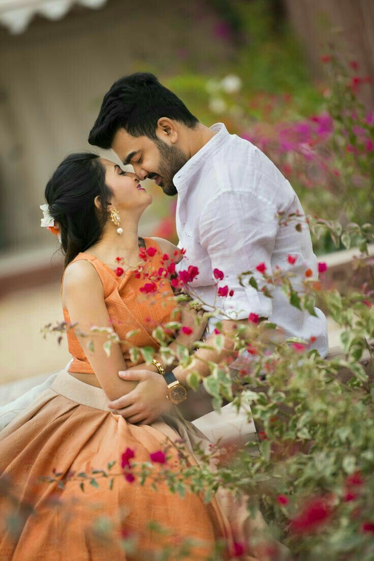 Pin By Kondababu Kondala On World Beautiful And Lovely Couples Hd Photo Indian Wedding Photography Wedding Photoshoot Poses Romantic Couples Photography