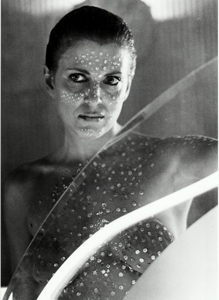 Joanna Cassidy  Blade Runner (1982) The Tommyknockers (1993) Ghosts of Mars (2001)
