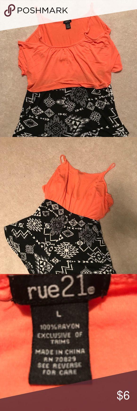 One piece,100% Rayon, Junior Rue 21, Junior, one piece, light orange top, black, with white pattern bottom. Adjustable strap Rue 21 Other