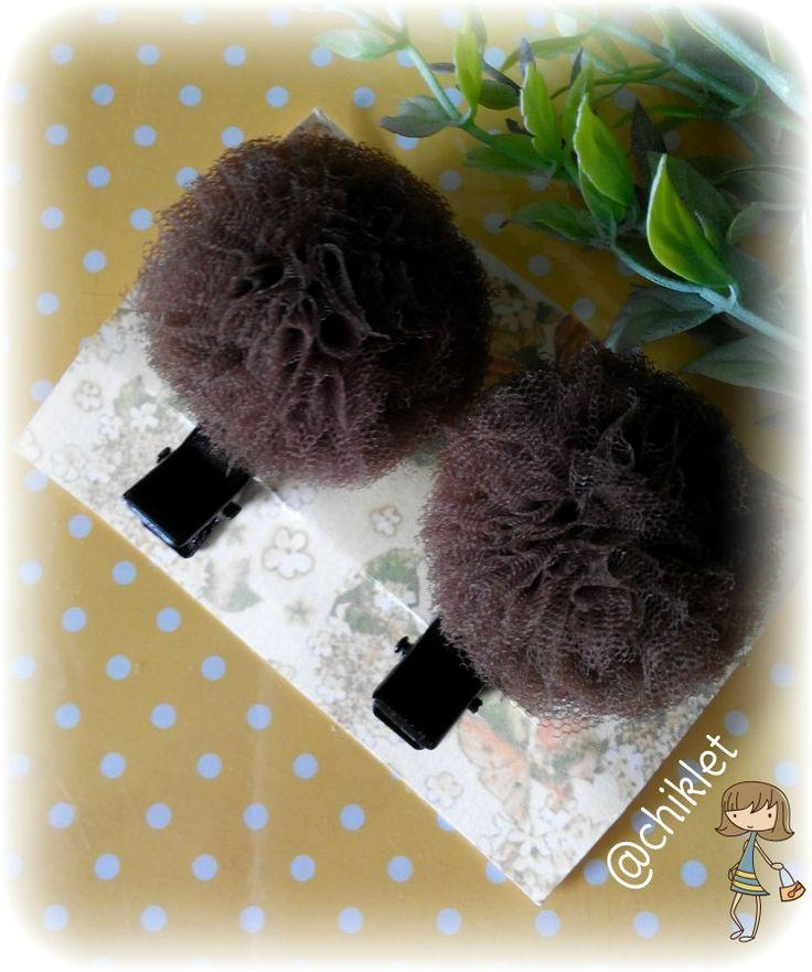 Brown pompom