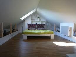 les 25 meilleures id es de la cat gorie comble am nageable sur pinterest combles chambre de. Black Bedroom Furniture Sets. Home Design Ideas