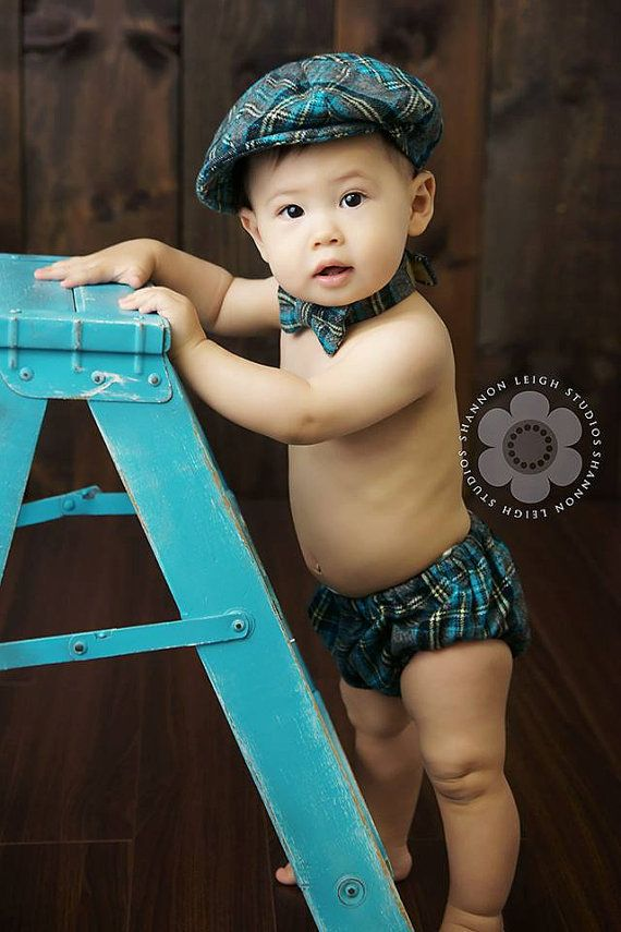 Baby Boy - Diaper Cover - Bow tie - Newsboy Hat - Cake Smash Outfit Boy - Baby Boy Photo Props - Newborn photo prop - newsboy set