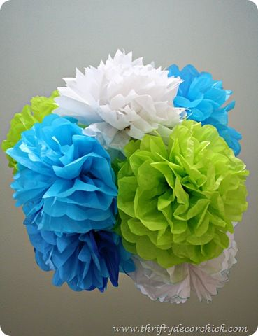 How to make those cute tissue poofs seen all over blogland!Christmas Parties, Crafts Ideas, Cheap Parties Decor, Tissue Paper Flower, Tissue Poof, Tissue Paper Pom, Diy Tissue, Pom Pom, Baby Shower