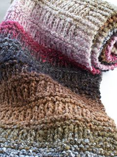 This pattern was previously available on Scribed (for free) but was knit in Bernat Mosaic(which looks fabulous) on 5mm needle. I am releasing this pattern on Ravelry knit in Noro Taiyo (which also looks fabulous!).