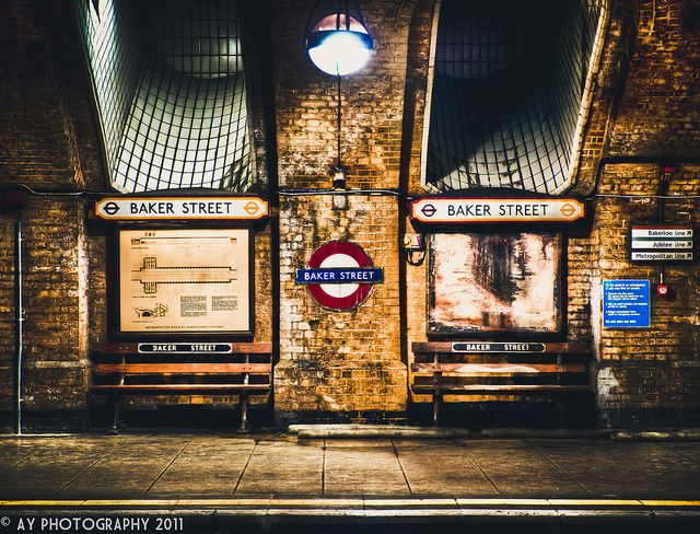 Baker Street - one of my favourite stations, looking very victorian