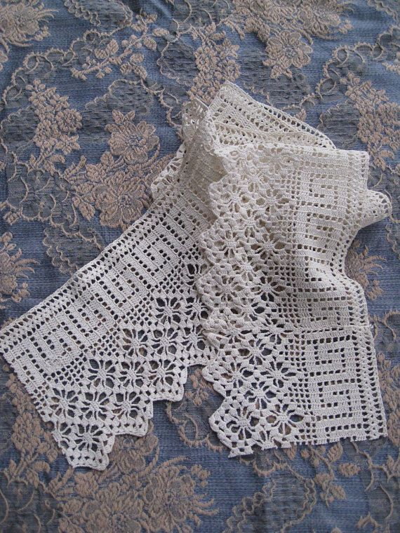 Beautiful Cream Wide Antique Lace Trim - with Greek Key Border and Diamond Zig-Zag pattern on other edge. Elegant, soft cotton, drapes beautifully, clean and fresh. From early 1900s. Dimensions: 34 long by 4-1/4 wide to the design point. One seam, hardly noticeable, 2-3/4 in from right edge