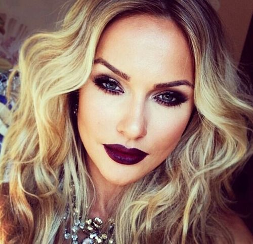 smoky eyes & plum lips - dramatic look for a sexy date ;)