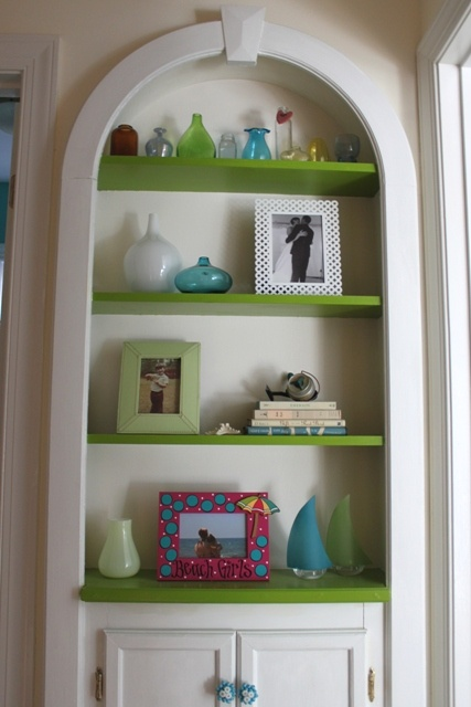 built in shelves for bedroom; paint shelves different color than outer edges