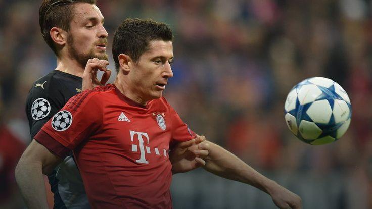 Angielskie media bezwzględne dla Arsenalu, pochwały dla Bayernu i Roberta Lewandowskiego