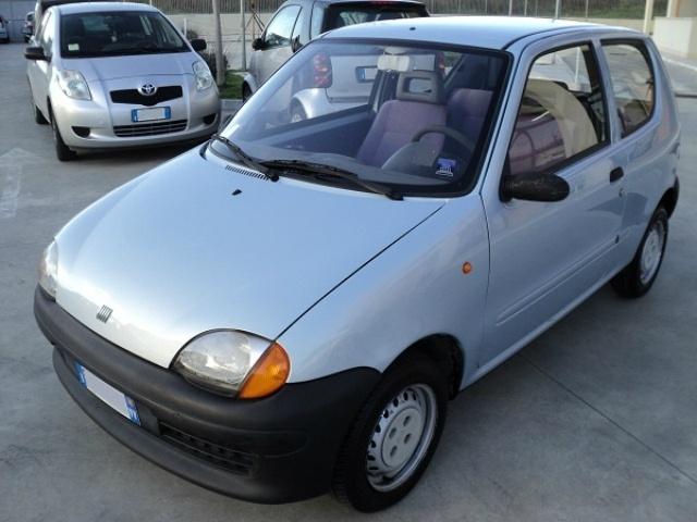 Fiat Seicento 1.1i cat Young a 999 Euro   Berlina   74.340 km   Benzina   40 Kw (54 Cv)   05/2000