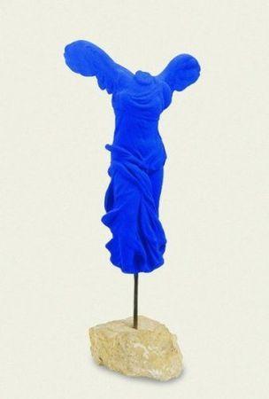 Yves Klein - La victoire de Samothrace, 1962  Art Experience NYC  www.artexperiencenyc.com