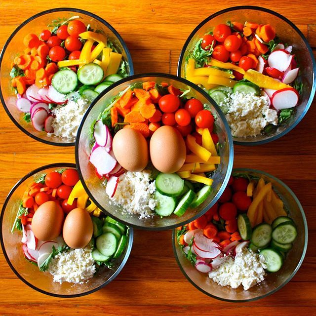 MEAL PREP. Giant salads: arugula, carrots, radishes, cucumber, bell pepper, cherry tomatoes, feta and either hard boiled eggs or tuna (not pictured). Drizzle a little balsamic vinegar over the top and shake them with the lid on.