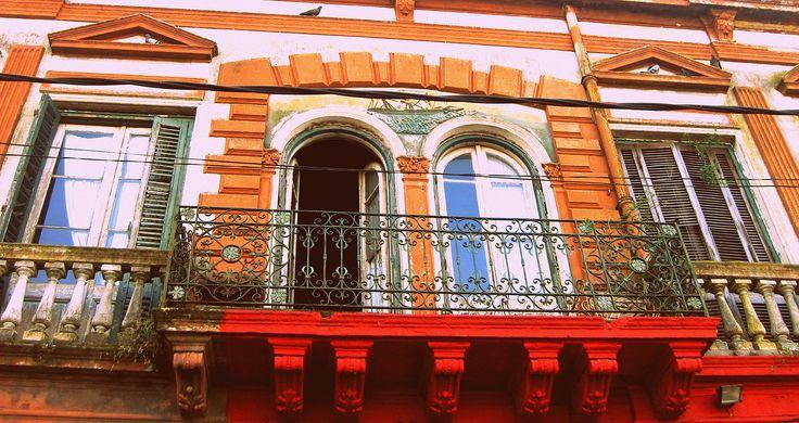 Ventanas, La Boca, Buenos Aires Colores Orange  Azul