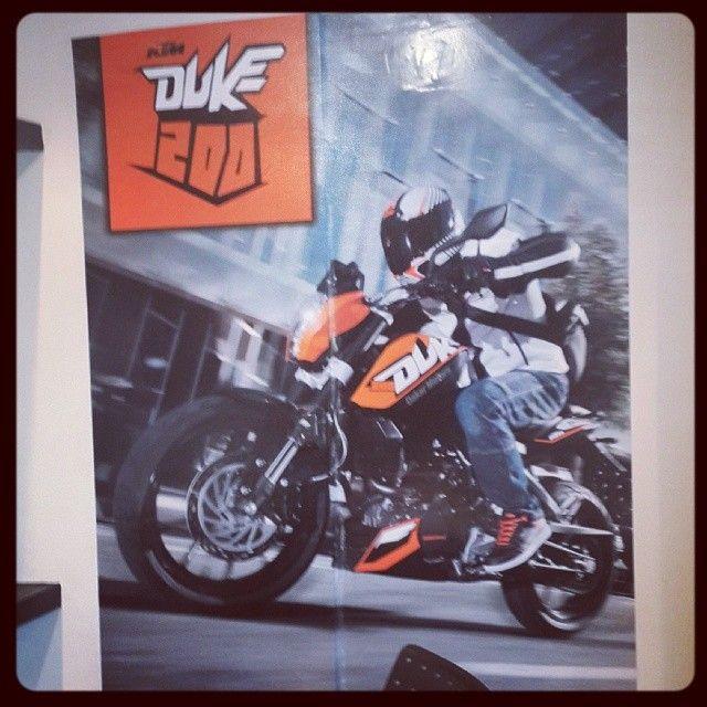 #diseño #vinilo #ktm #duke #pared #ploteo #motos