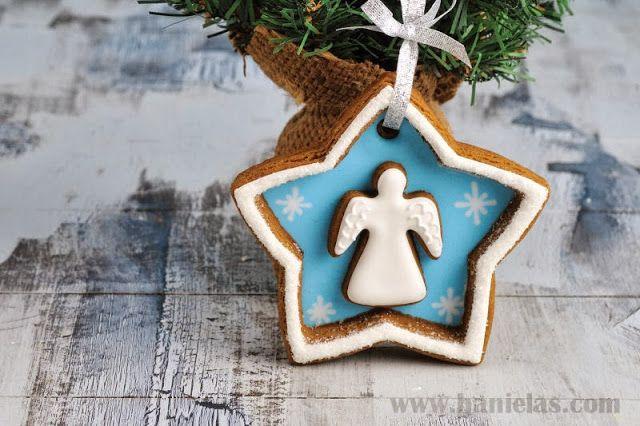 Christmas Angel Decoration http://www.hanielas.com/2013/12/angel-cookie-decorations-gingerbread.html