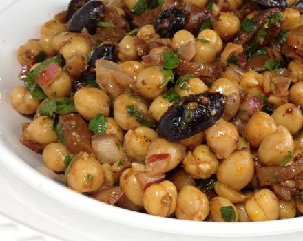 Turkish Garbanzo Bean Salad Recipe