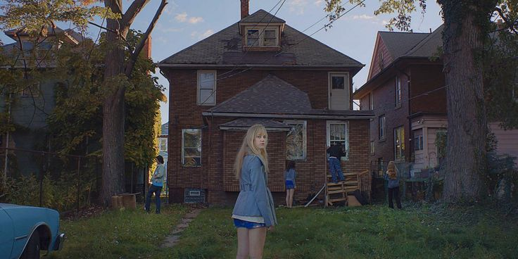 """Halloween is almost here, so it's time to check out great scary movies you can stream on Netflix, from """"The Babadook"""" to """"Children of the Corn."""""""