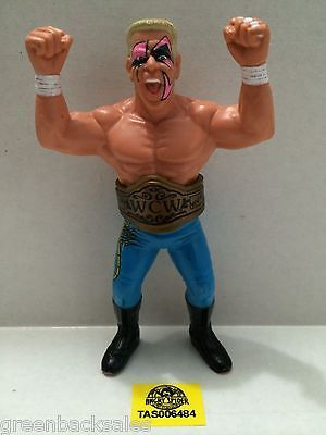 (TAS006484) - WWE WWF WCW nWo Wrestling Galoobs Action Figure - Sting with Belt